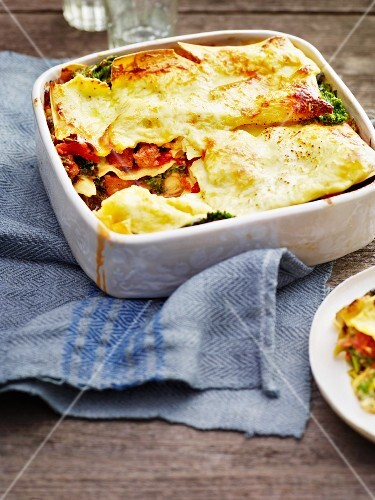 Green kale lasagne with salsicce