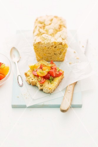 Cornbread with tomatoes