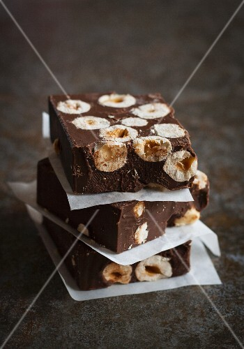 Chocolate slices with hazelnuts