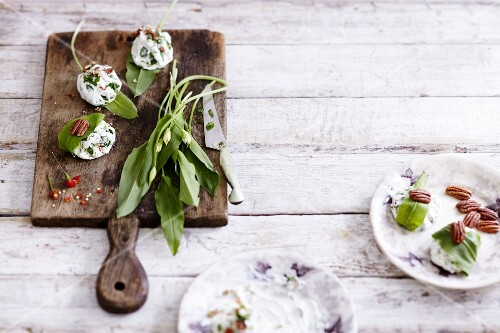 Goat's cream cheese with wild garlic and pecan nuts