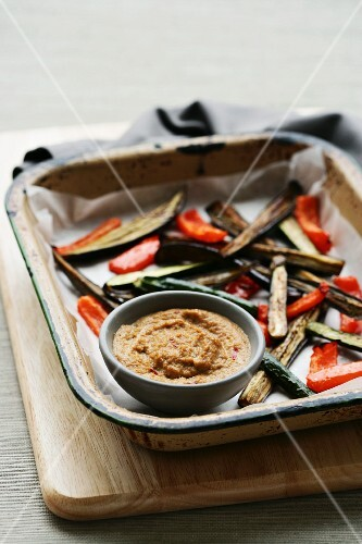 Grilled vegetables with a peanut sauce