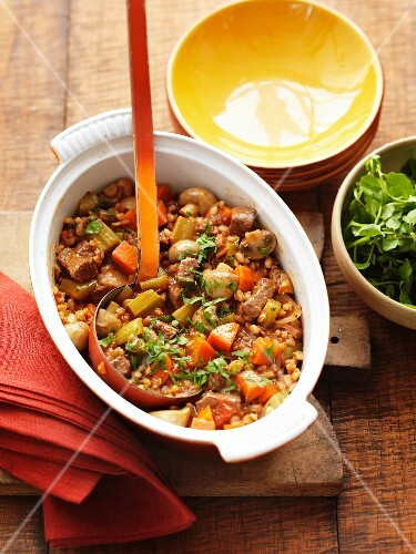 Barley stew with carrots, beef and red wine
