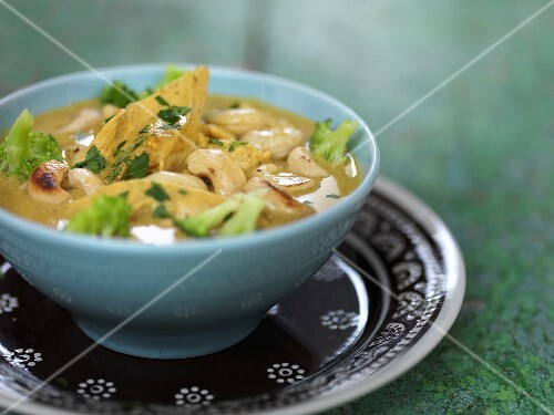Thai soup with chicken