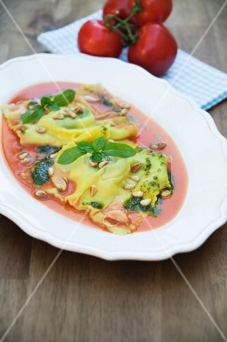 Ravioli with goat's cheese and tomato butter