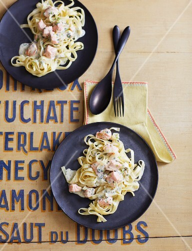 Tagliatelle with salmon and a herb and lime sauce