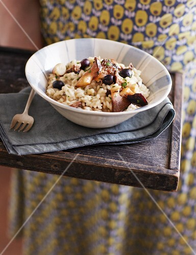 Mushroom risotto with blueberries
