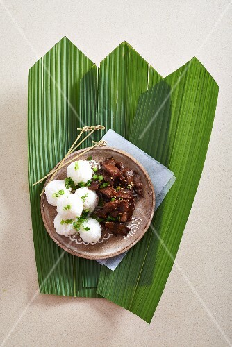 Marinated beef with sticky rice