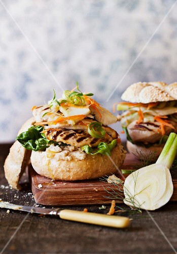 Chicken burgers with a fennel and cabbage salad