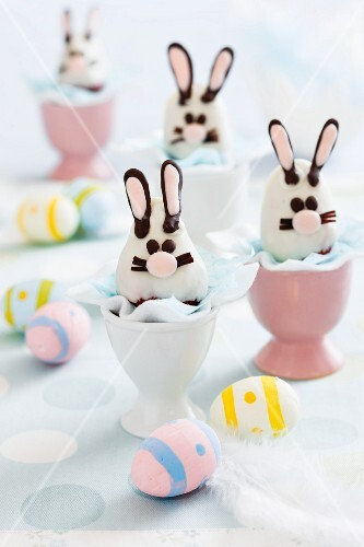 Strawberry chocolate Easter bunnies