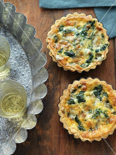 Mini Gorgonzola and spinach quiches