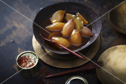 Saffron shallots with sherry