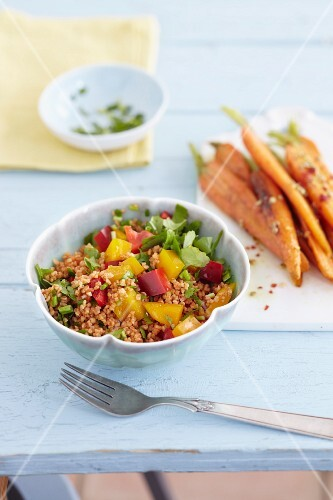 Bulgur salad with spicy carrots
