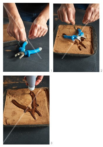 Chocolate pliers being made