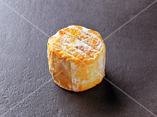 Rigotte d'echalas (French cow's milk cheese)