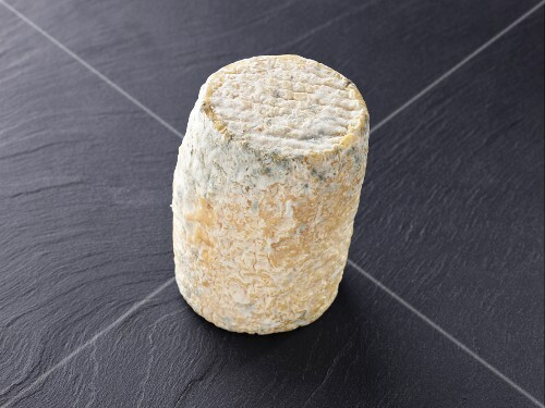 Clacbichou (French goat's cheese)