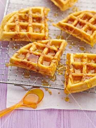 Apricots waffles with honey