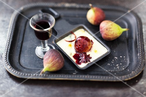 Morbier raclette with port wine figs