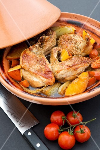 Chicken tagine with oranges