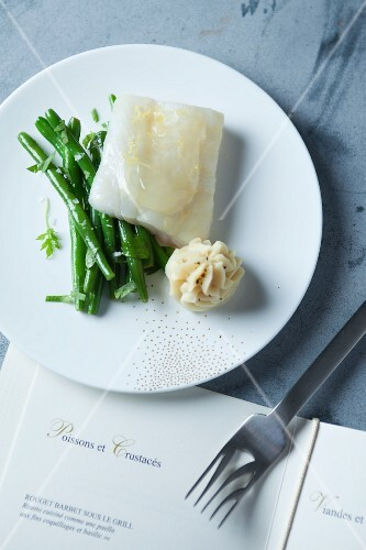 Cod with lemon, green beans and potato foam (France)