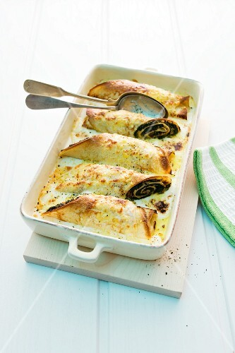 Spinach crepselle in a baking dish