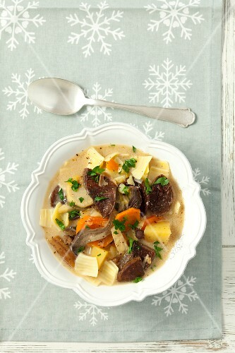 Dried mushroom soup with potatoes and pasta (Christmas)
