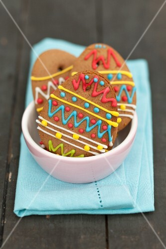 Decorated gingerbread eggs