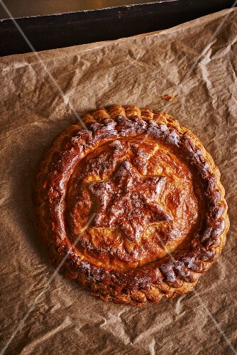 Galette des rois (traditional Three King's Cake made with puff pastry, France)