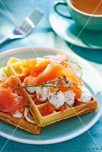 Savoury waffles with smoked salmon and caviar
