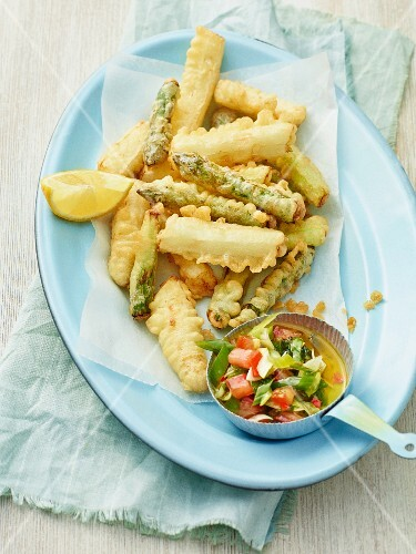 Asparagus tempura with a mint dip