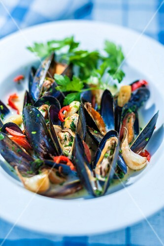 Mussels in a wine broth with chillis and garlic