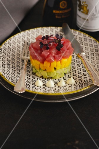 Tuna tartar on a bed of mango and avocado (Portugal)