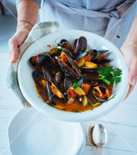 Italian mussel and tomato stew