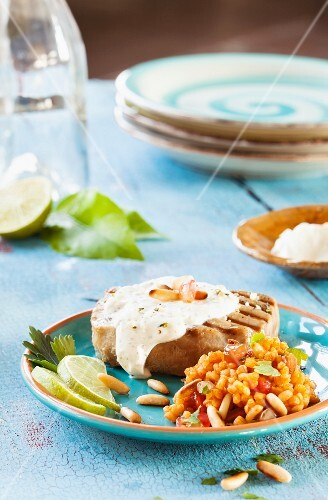 Tuna fish steak with pine nuts