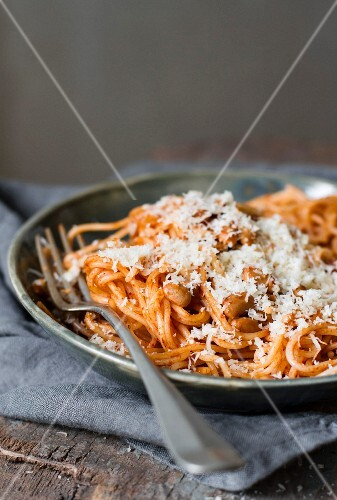Spaghetti with canellini beans and Parmesan cheese