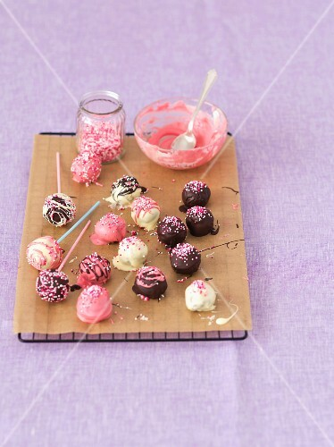Chocolate truffle cake pops