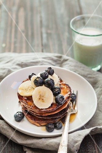 Pancake with bananas and blueberries