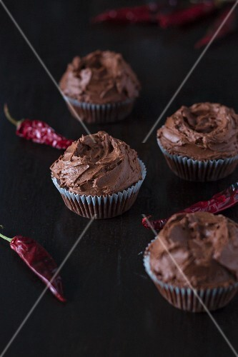 Chocolate cupcakes with chillis and whiskey
