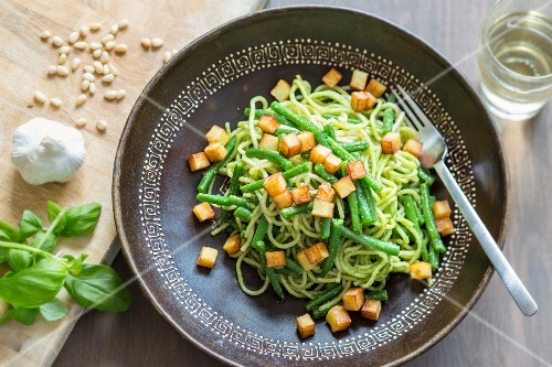 Spaghetti genovese with cedar nut pesto, beans and diced potatoes