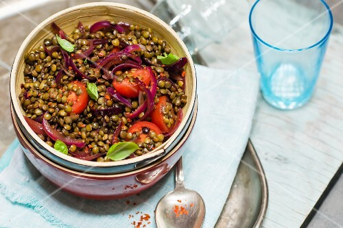 Marinated lentils with cherry tomatoes and red onions