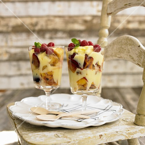 Parfait with grilled fruit and fresh raspberries