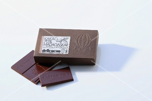 A bar of chocolate (Delicacao)
