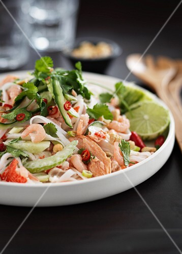 Oriental salad with fish and seafood