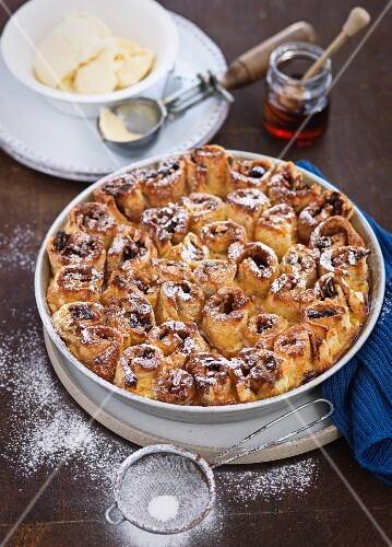 Bread and butter pudding with icing sugar