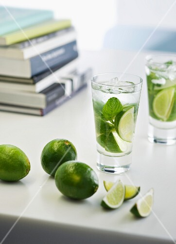 Lime drinks with mint