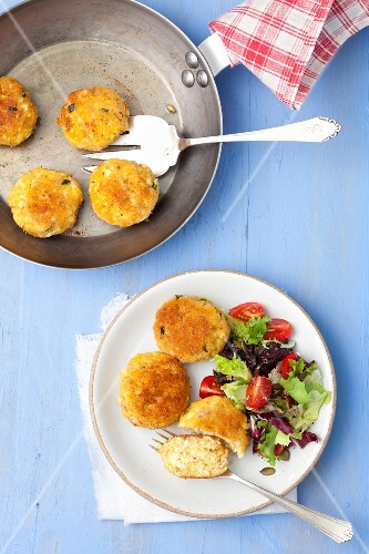 Egg fritters with salad