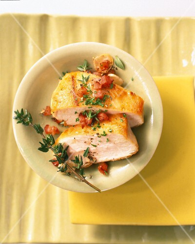 Chicken breast with bacon and thyme