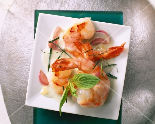 Prawns with mint and coconut milk