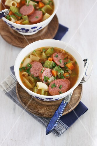 Vegetable stew with pasta and sausage