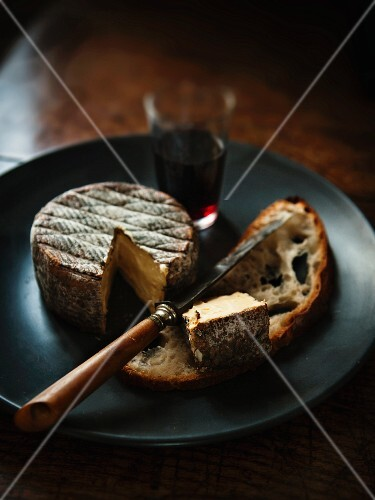 Cheese, bread and red wine