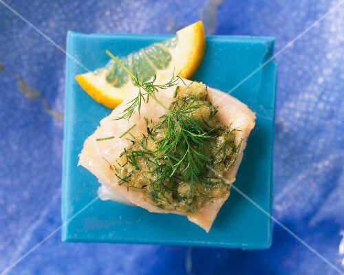 Fish fillet with a dill and horseradish crust